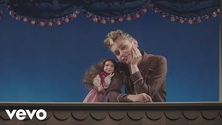 Miley Cyrus - Younger Now (Official Video) video thumbnail