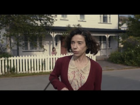 """Sally Hawkins MAudiE 1080p clip """"Grocery store"""" [with subtitles/CC]"""