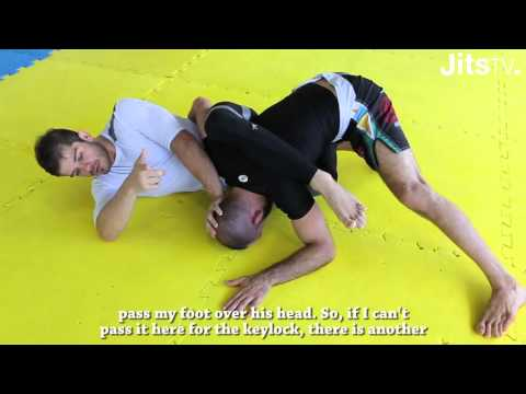 How To Do The Emergency Omoplata Attack | Daniel Franja | BJJ Instructional