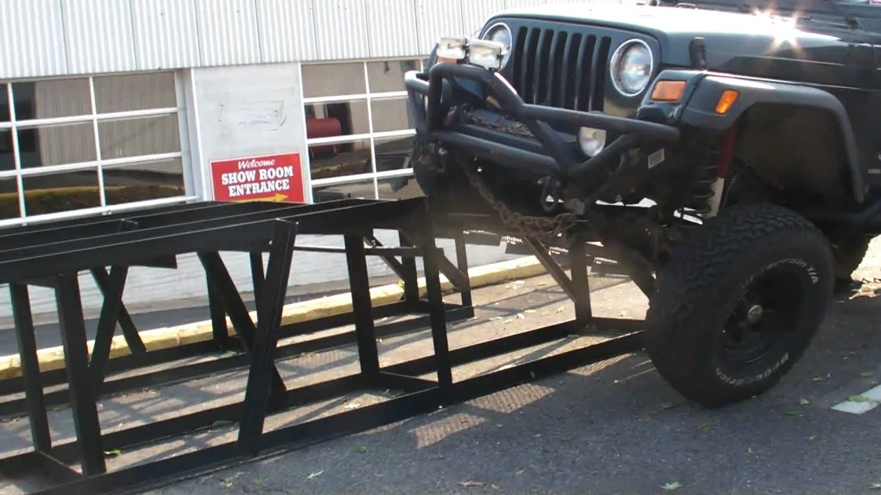 Jeep Wrangler Dealership >> Jeep Wrangler Sway Bar Disconnect VS Ramp HD - YouTube