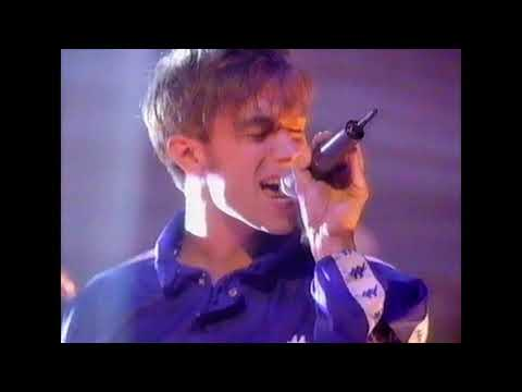 """BLUR - """"Country House"""" 3rd August 1995"""