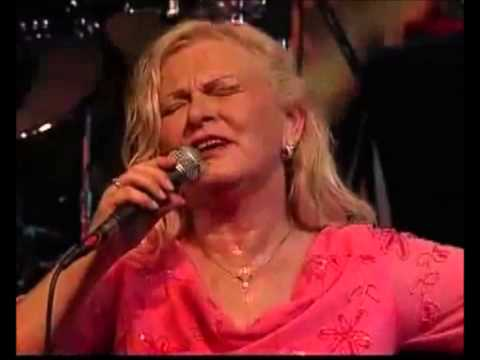 Mississipi (Golden Memories Tour Fiji) - Toni Wille (Feat. the voice of Pussycat)