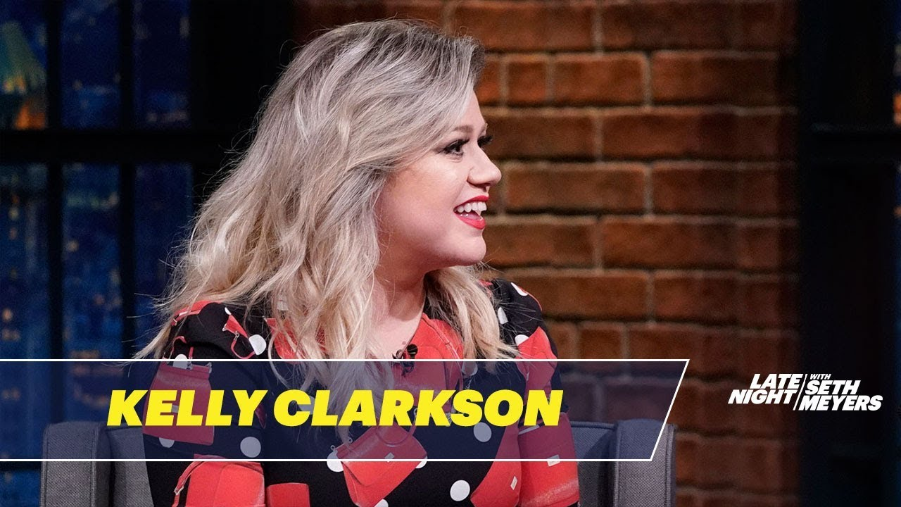 Kelly Clarkson's Son Loves Going on Stage with Her