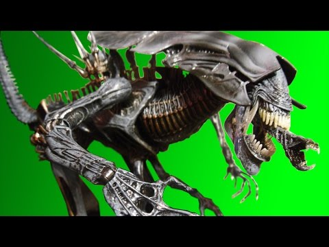 NECA Alien Queen Deluxe Action Figure Review