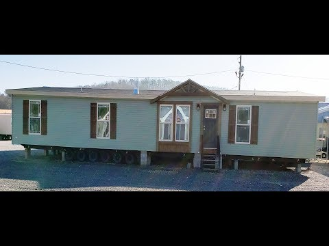 THE AIMON 3 BEDS 2 BATH  32' X 70' 1980 SQFT BY DEER VALLEY