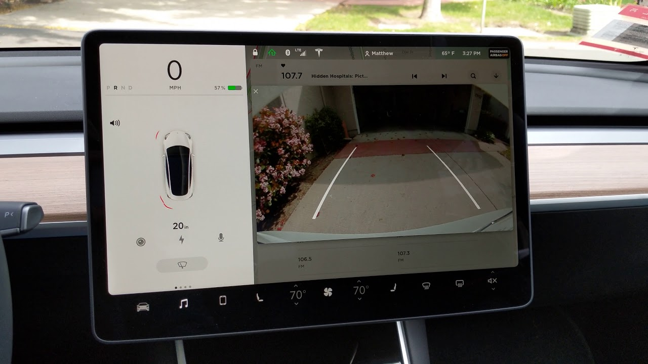 Model 3 Backup Camera And Sensors While Parking Youtube