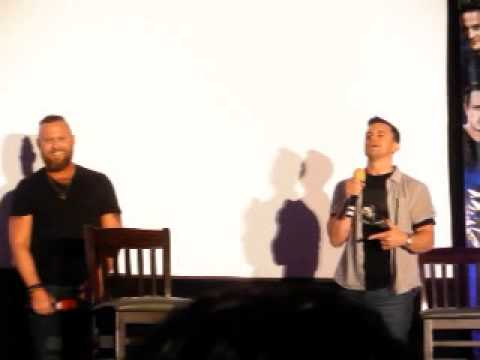 Ghostfacers theme song at NJCon