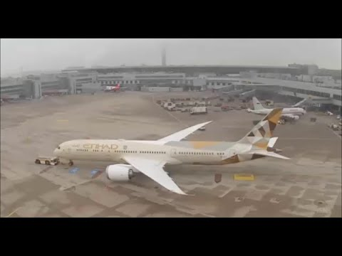Webcam plane spotting at Düsseldorf airport - 5. 3. 2015