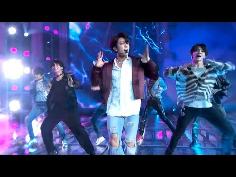 BTS - Fake Love  Billboards  Awards 2018  PERFORMANCE