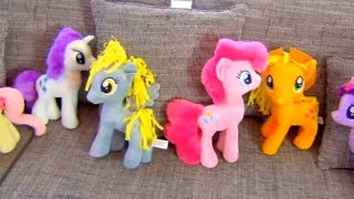 Dominika play with my little pony toys
