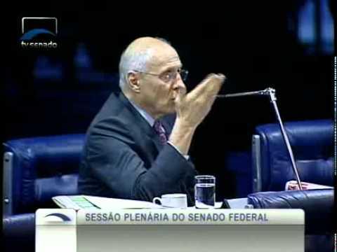 Francisco Dornelles (PP-RJ) comenta matérias publicadas na imprensa sobre consulta popular