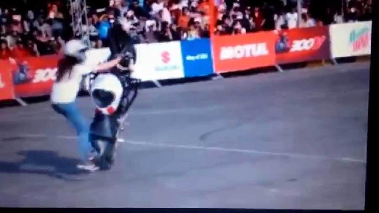 Freestyle Motor Cewek Cantik YouTube