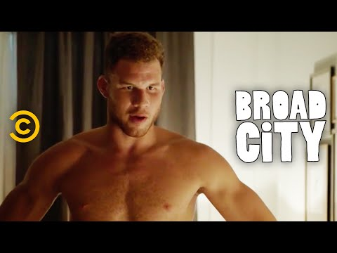 Blake Griffin and Ilana Have a Wild One-Night Stand - Broad City