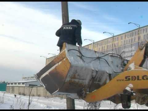 На фото Борьба с незаконной рекламой ведётся в поселении Скоропусковский изображение