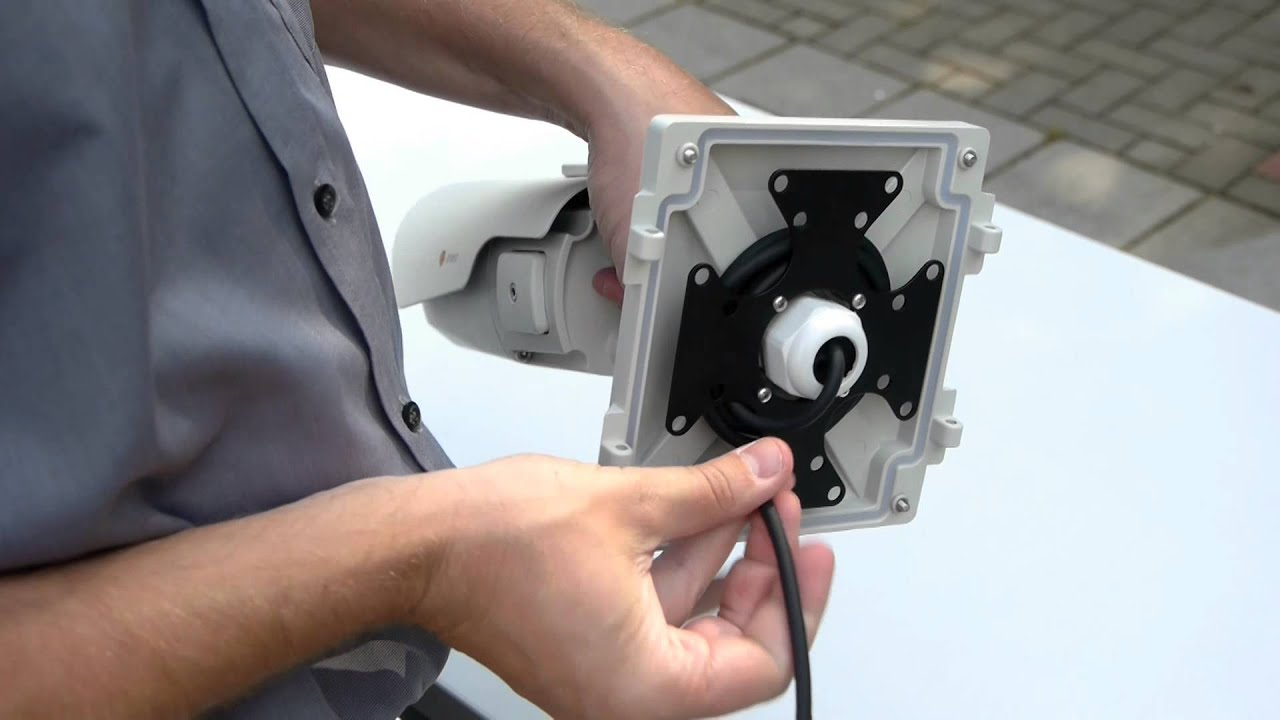 Installing bullet camera to mounting box youtube sciox Choice Image