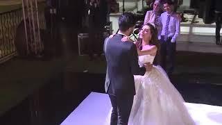 عندما تتزوج من تحب ... فيديو رائع لعروسة تغني يوم زفافها 😍😍
