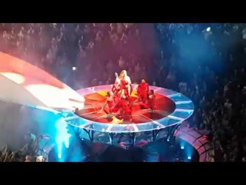 Lady Gaga - Paparazzi - Joanne World Tour