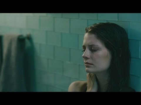 Walled In (Murata Viva), Mischa Barton - Original Trailer