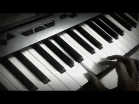Woh Dekhne Main + London Paris New York + Piano