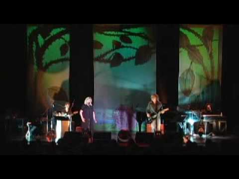 Marianne Faithfull - Broken English live NYC 2007