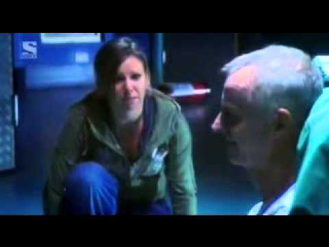 Holby city- Jac gets electrocuted
