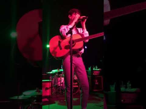 Listen To Your Friends - Declan McKenna LIVE @ Hodi's Half Note