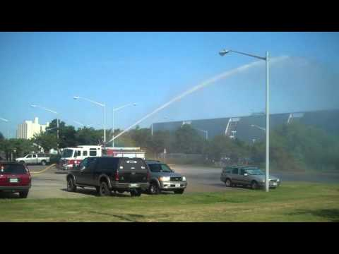 Va Bch Fire Dept Engine 14 Flowing Water Via Deck Gun