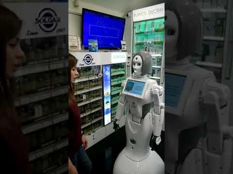 Робофармацевт в аптеках Самсон-Фарма