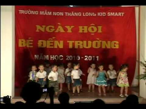 Trinh dien  van nghe cua cac be  2-3 tuoi Truong mam non ThangLong KidSmart.avi