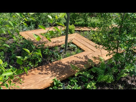 """A Tour of Professional Horticulture Student Garden """"Two Roads"""""""