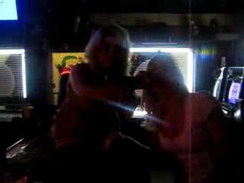 karaoke i ll survive :)