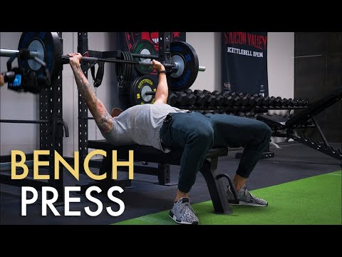 how-to-bench-press-with-proper-form-(avoid-mistakes!)