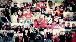 Martin Meinzer und die Fans des Glubb - Amigo Pino