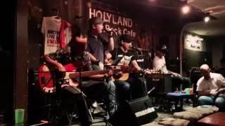 Một nhà - Nhóm Da LAB -  Acoustic Cover -  Acoustic Music- Holyland