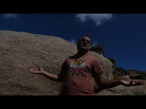 Cantigas de Leviatán: O xograr Suso Martínez na Illa Lobeira