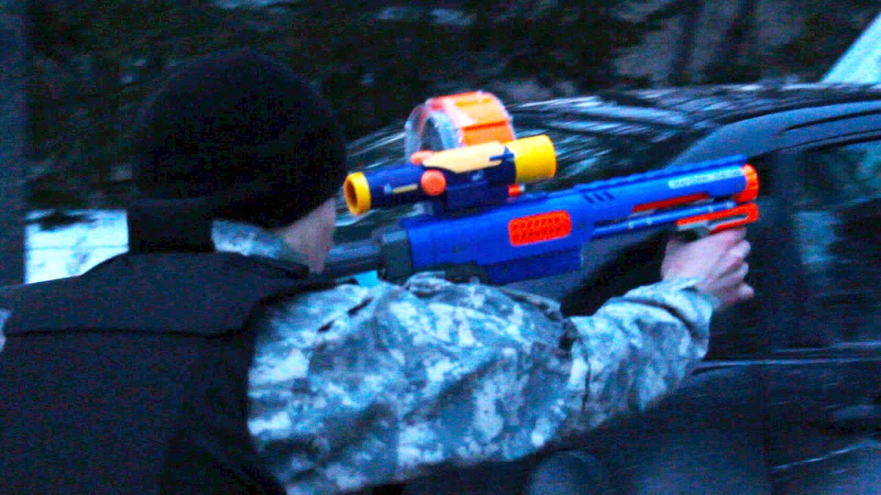 Nerf Squad 12: The Assassination - YouTube