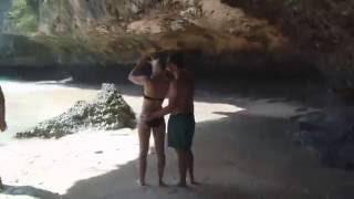 Храм на скале над Индийским океаном I Улувато I Дикий пляж с девочками
