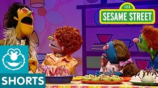 Sesame Street: Pear the Musical