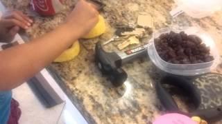 How To Make A Raisin Cake