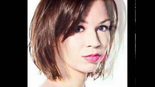 30 Layered Bob Hairstyles For Round Faces | Layered Bob Hairstyles For Fine Hair