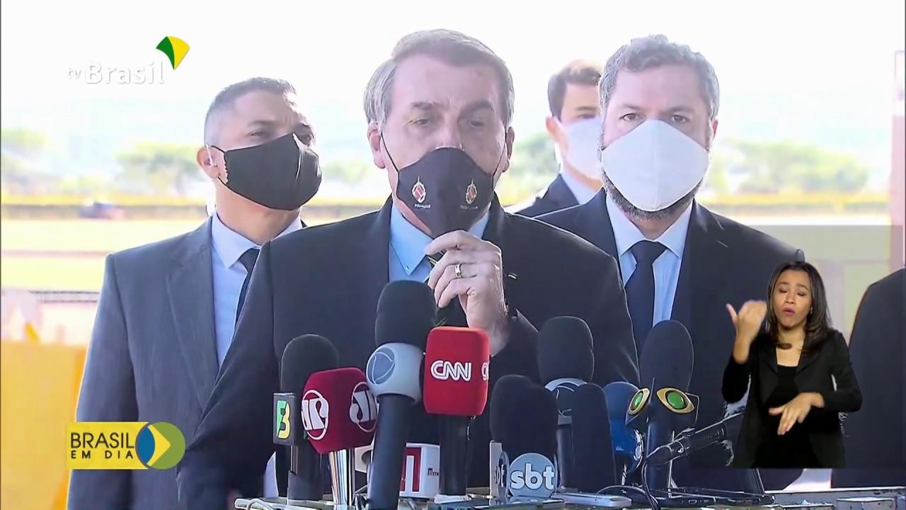 Bolsonaro defende diálogo com governadores para enfrentamento da Covid-19