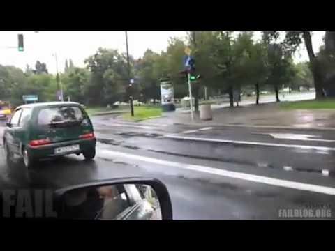 Khi lái xe quên... hạ phanh tay