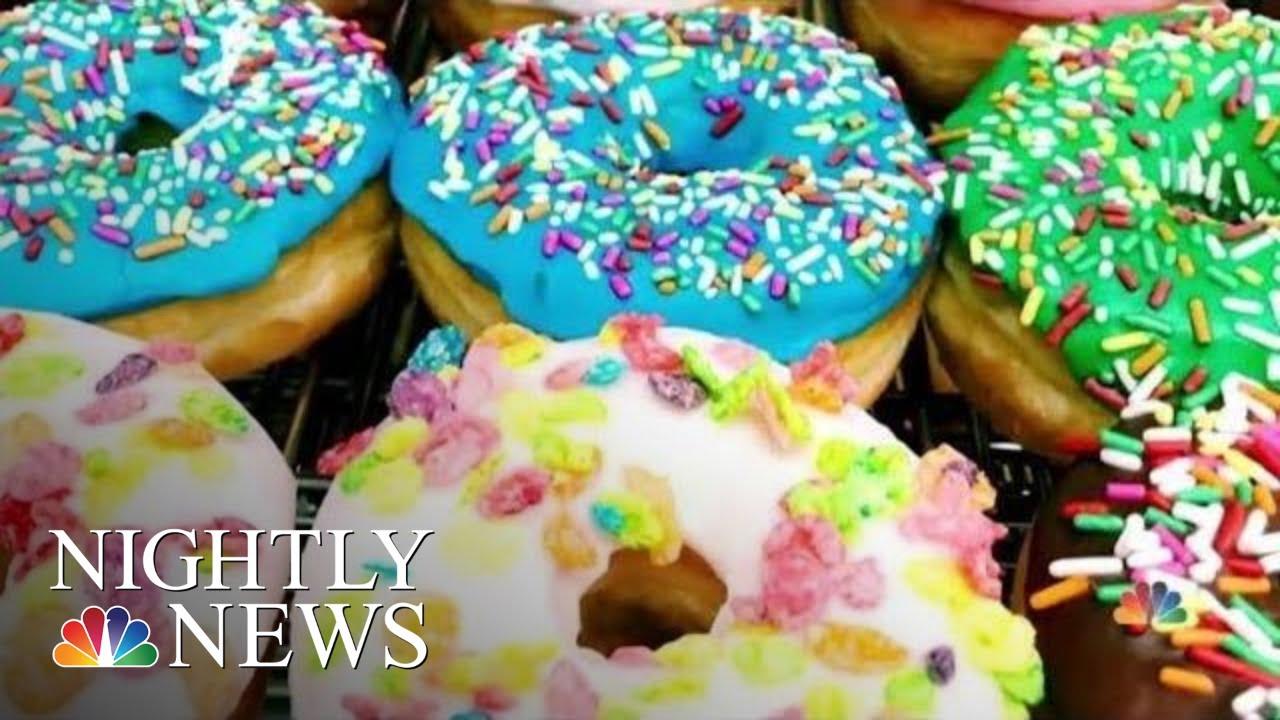 Viral Tweet Brings Big Business To Texas Doughnut Shop | NBC Nightly News