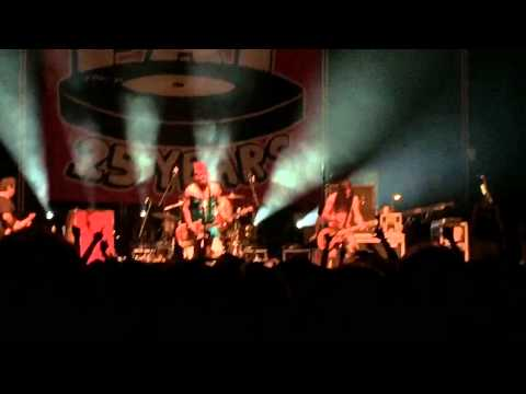 NOFX- Soul Doubt LIVE in Philly 8/15/15