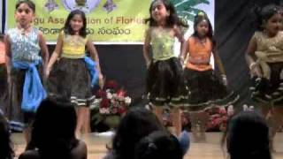 Adire Adire dance by Srishti students