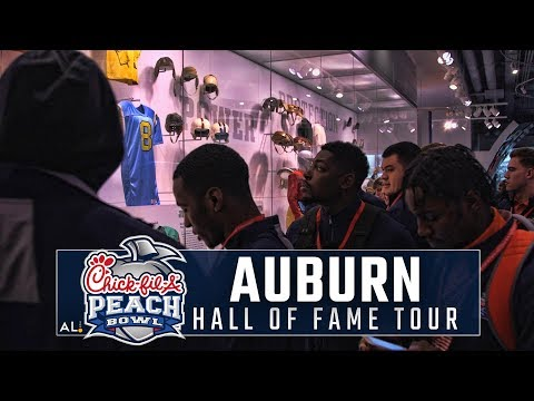 Go inside the College Football Hall of Fame with the Auburn Football team