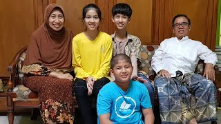( CULINARY ) KULINER BEBALUNG DI KEDIAMAN YANGTI DAN PAPU Prof. Dr. H. Baharuddin., M. Pdi - Malang.