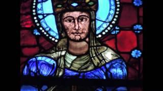 シャルトル大聖堂 ステンドグラスの神々しい青の輝き Glorious blue windows of Cathédrale Notre-Dame de Chartres