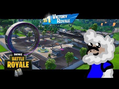 Noob Vs Pro Vs Lucky Fortnite Battle Royale Geekzola Fortnite Free