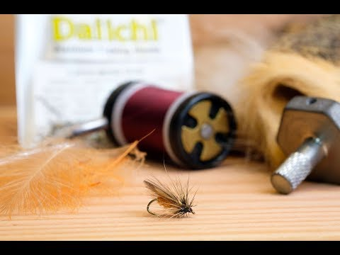 Fly Tying The Cinnamon Caddis / Sedge    4K